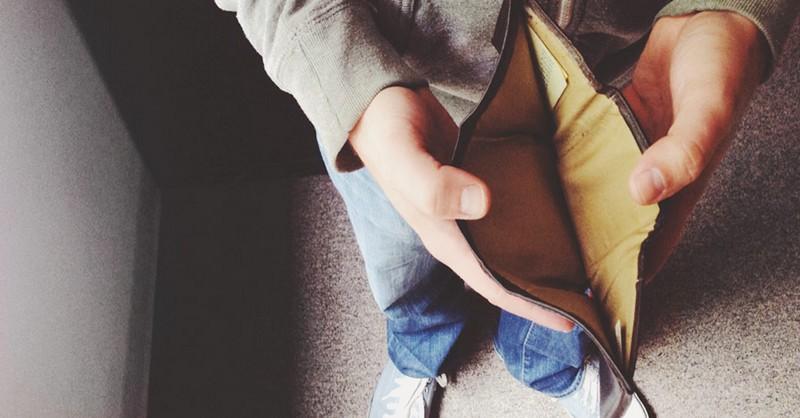 25 mýtov, ktorým veria finančne skrachovaní ľudia